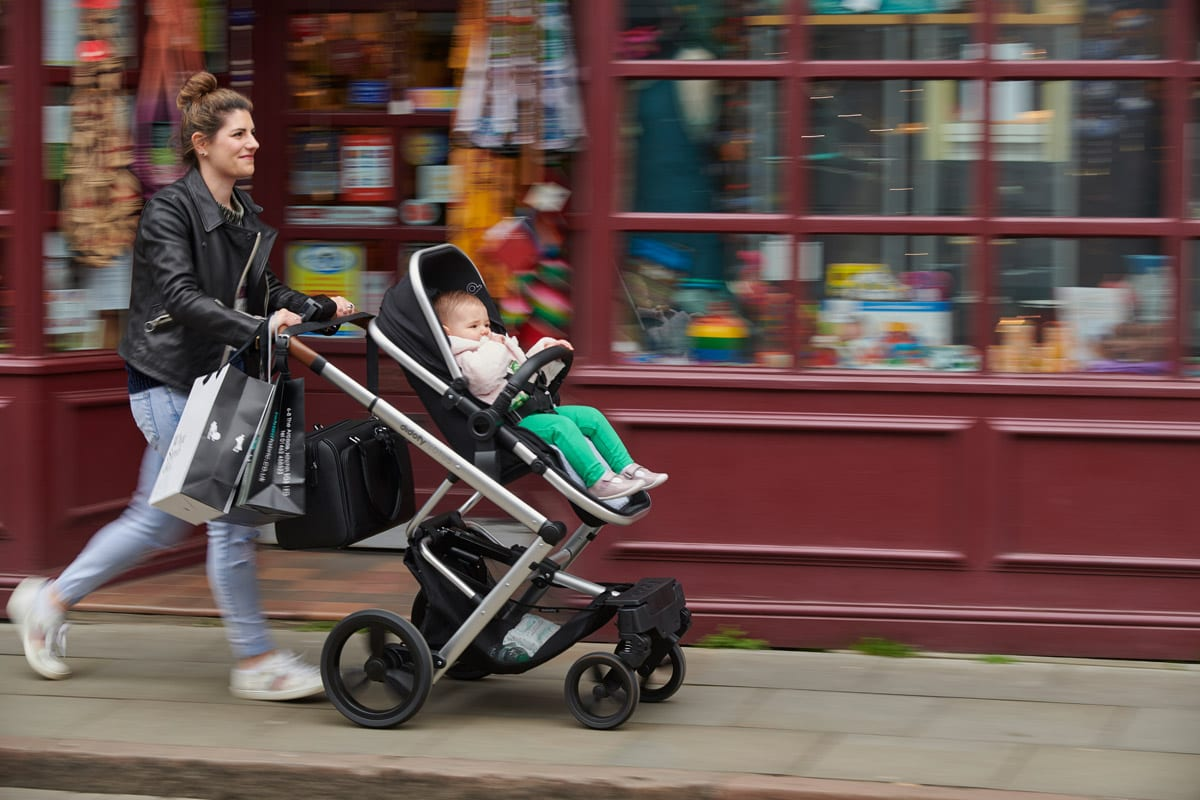 What to look for when choosing a pram